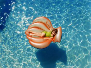 pool cleaning benefits