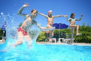 Swimming Pool Games